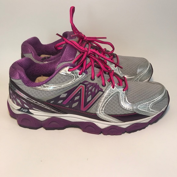 New Balance Shoes   Womens Size 11
